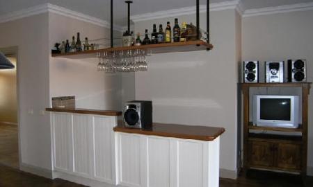House-Bar