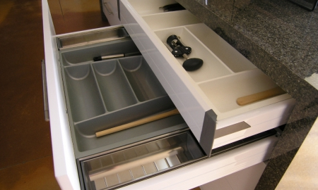 Twin-Drawer